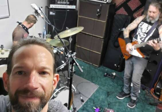 High On Fire en el cuarto de ensayo